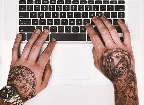 tattooist-razrabotka-adaptivnogo-sajta